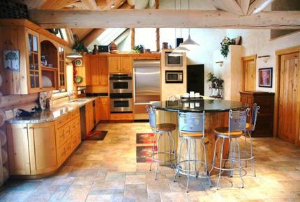 Snowbasin Luxury Log home - Huntsville, Utah