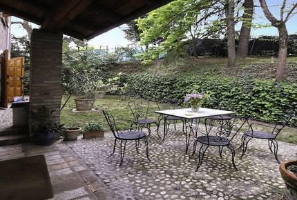 Amazing Villa Monte Quercione - Bologna, Italy