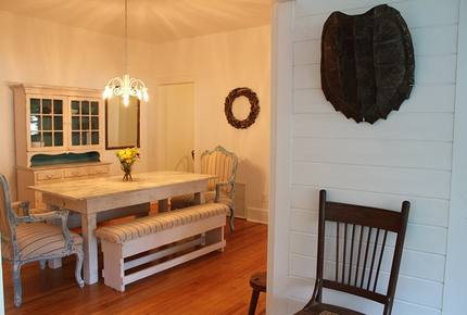 1920s Lake Cottage with Resort Amenities