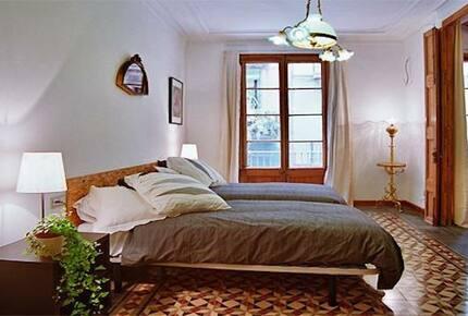 Art-Nouveau Apartment in the Heart of Barcelona - Barcelona, Spain