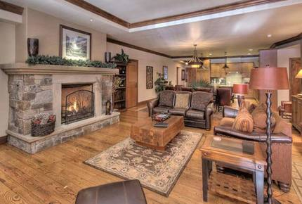 Largest Luxury Condo in the Center of Northstar Village - Truckee, California