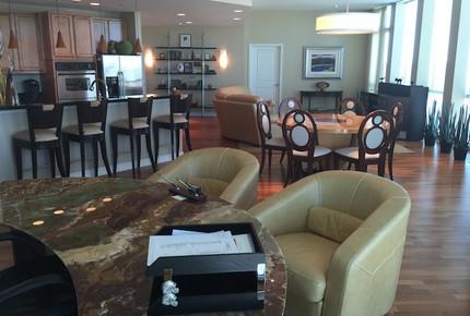The Tower Luxury High-Rise Condominium - Fort Worth, Texas
