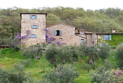 Rustic Farmhouse in Umbria - San Giovanni del Pantano, Italy