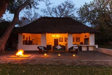 Santhata Camp - North Tuli Game Reserve, Botswana