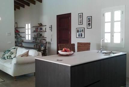Four Bedroom Villa in Tranquil Community