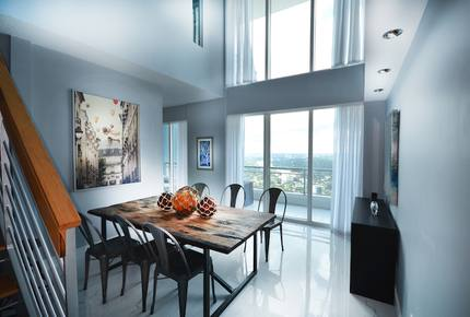 Sea and City High Rise - Miami, Florida