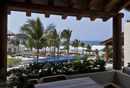Hotel Las Palmas 2 bedroom Residence balcony beach view