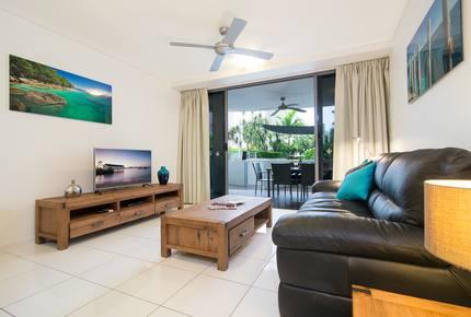 Vision Cairns Esplanade 2 Bedroom Apartment - Cairns, Australia