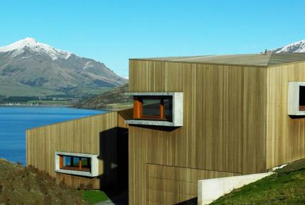 New Zealand Lake House - West Wanaka, Wanaka, Queenstown, New Zealand