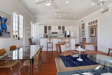 Aioli Apartment at French Quarter's Center