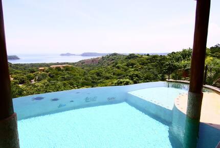Villa Durazno - Playa Panama, Costa Rica