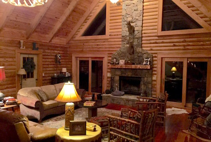 Grouse Thicket Cabin - Mars Hill, North Carolina