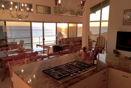 Stunning Beachfront House on Magnificent West Malibu Cove - Malibu, California
