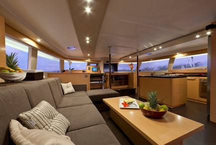 TradeWinds Yacht Cabin for 2 - FIJI Sailing Vacation