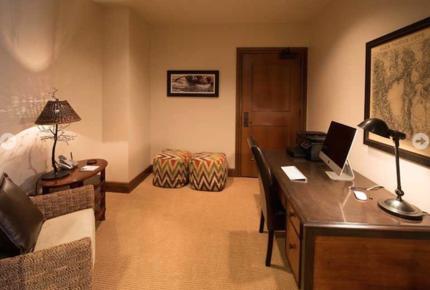 Great Bear Lodge 207 - Northstar at Tahoe - 4 Bedroom Residence - Truckee, California