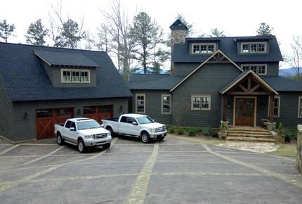 Rustic Retreat on Lake Keowee - Salem, South Carolina