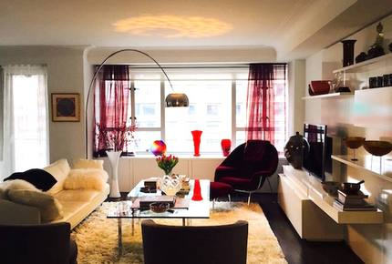 Posh NYC Apartment in Famous Manhattan House - New York City, New York