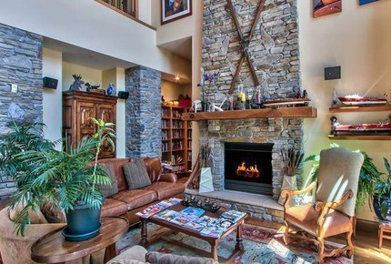Lake Tahoe Living 2, Tonopalo – 3 Bedroom Residence (Sleeps 8) - Tahoe Vista, California