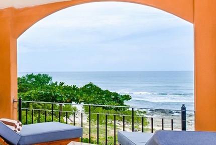 Langosta Beach Surf Retreat - Tamarindo, Santa Cruz, Costa Rica
