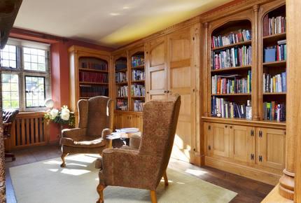 Holystreet Manor