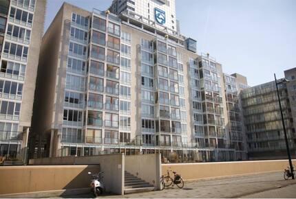 Luxury Amsterdam Apartment - Amsterdam, Netherlands
