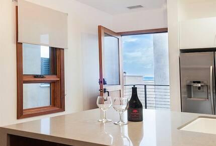 Prime Beachfront Luxury Townhouse on the Strand