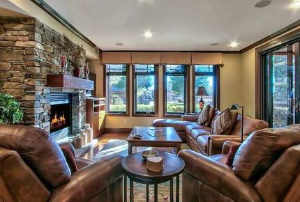Lake Tahoe Living 1, Tonopalo  – 3 Bedroom Residence (Sleeps 10) - Tahoe Vista, California