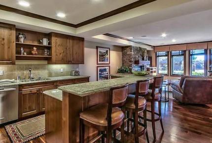 Lake Tahoe Living 1, Tonopalo – 3 Bedroom Residence (Sleeps 8) - Tahoe Vista, California