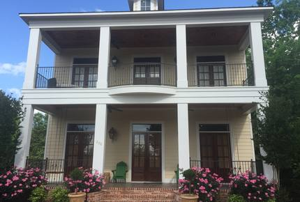 Southern Charm in Downtown Oxford, Mississippi