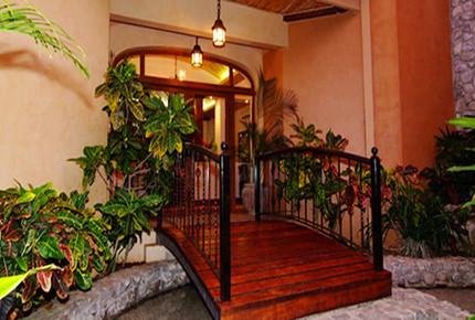 Oceanfront tropical palace at Palacio Tropical - Tambor, Costa Rica