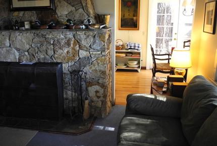 North Shore Cottage - Tahoe Park, California