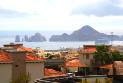 Beautiful 3 Bedroom Cabo Villa