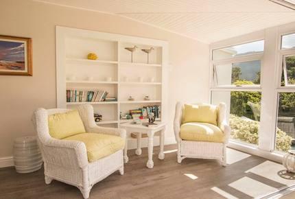 18 on Hillwood Luxury Family Villa - Bishopscourt, South Africa