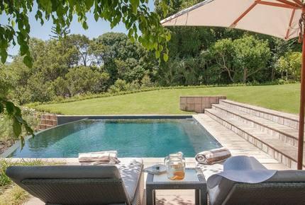 18 on Hillwood Luxury Family Villa