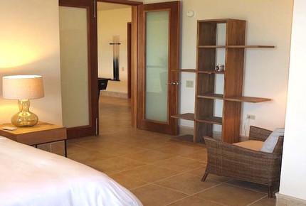 Luxurious Sub-Penthouse - Dorado, Puerto Rico