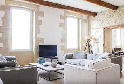 Luxury Apartment Ovelooking The Vieux Port - Marseille, France