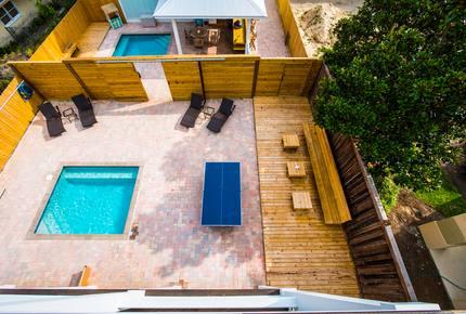 Dog Dayz Luxury Villa - Florida Panhandle