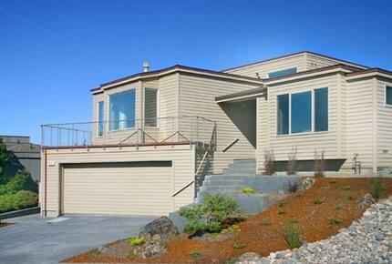 4 OR 5 NIGHT Stay at Royal Pacific - Close to San Francisco, Napa and Sonoma