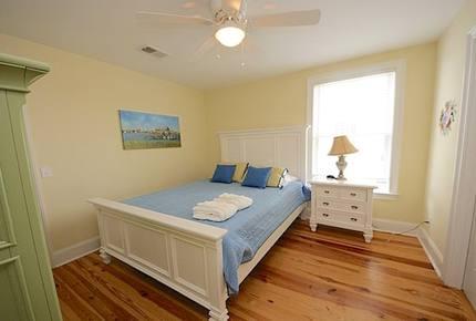 Isle of Palms Beach House - Isle of Palms, South Carolina