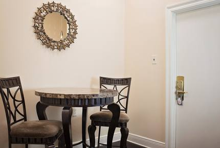 French Quarter Apartment - New Orleans, Louisiana