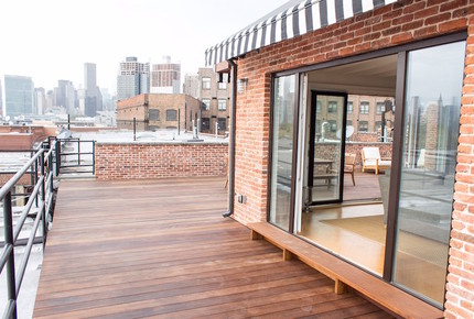 Waterfront Manhattan Skyline View Luxury Penthouse