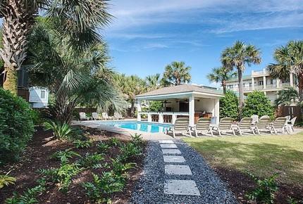 Luxury Beach House, Ocean Views, Private Pool/Cabana