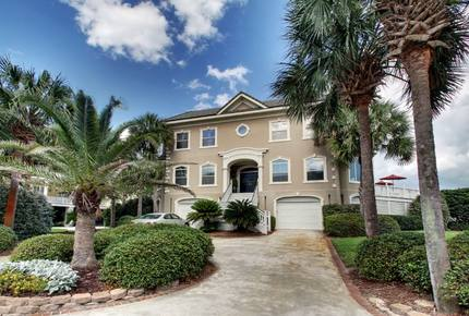 Isle of Palms Luxury Oceanfront Home