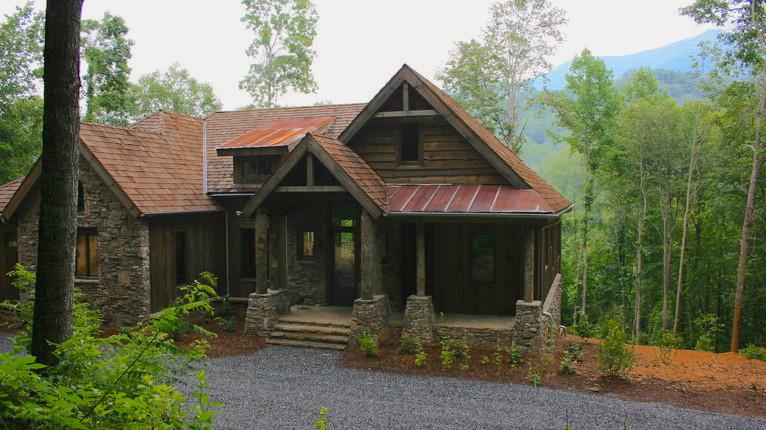 Balsam Mountain Cabin   Sylva, North Carolina