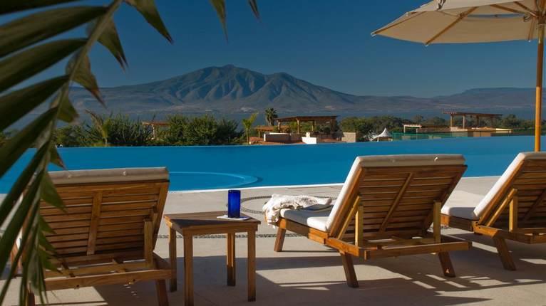 El dorado boutique resort condo 406a lake chapala for El dorado cabins