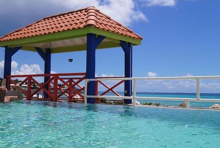Point Blue Home - Cole Bay, Netherlands Antilles
