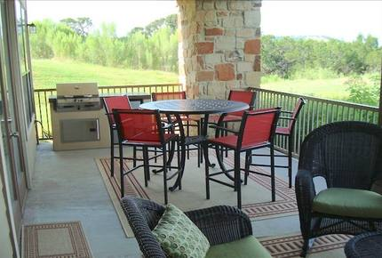 Lake Travis Villa - Hollows Resort