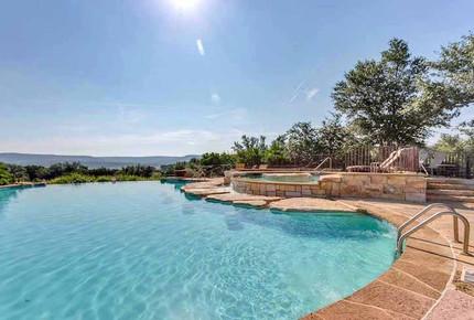 Lake Travis Villa - Hollows Resort - Jonestown, Texas