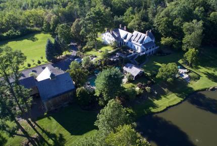 Hendricks House -- Classic Upstate NY Country Estate - Staatsburg, New York