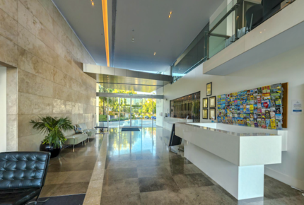 Broadbeach Luxury Unit at Freshwater Point Resort - Broadbeach Waters, Australia